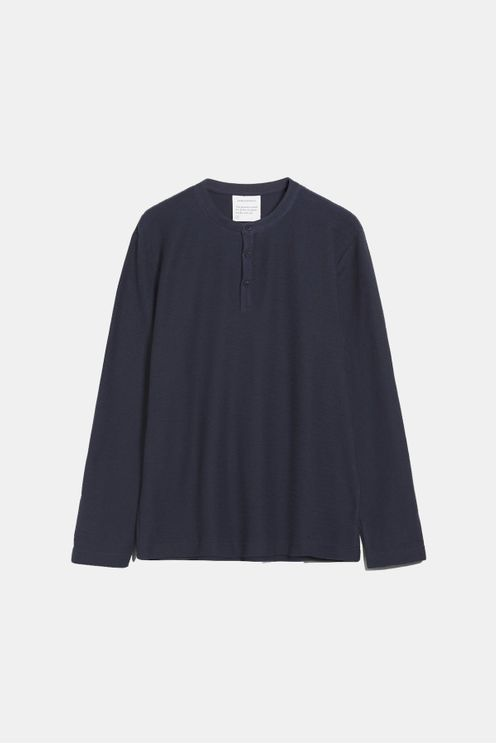 TEXTURED ORGANIC LONG SLEEVE A$83.70 @ Atterley